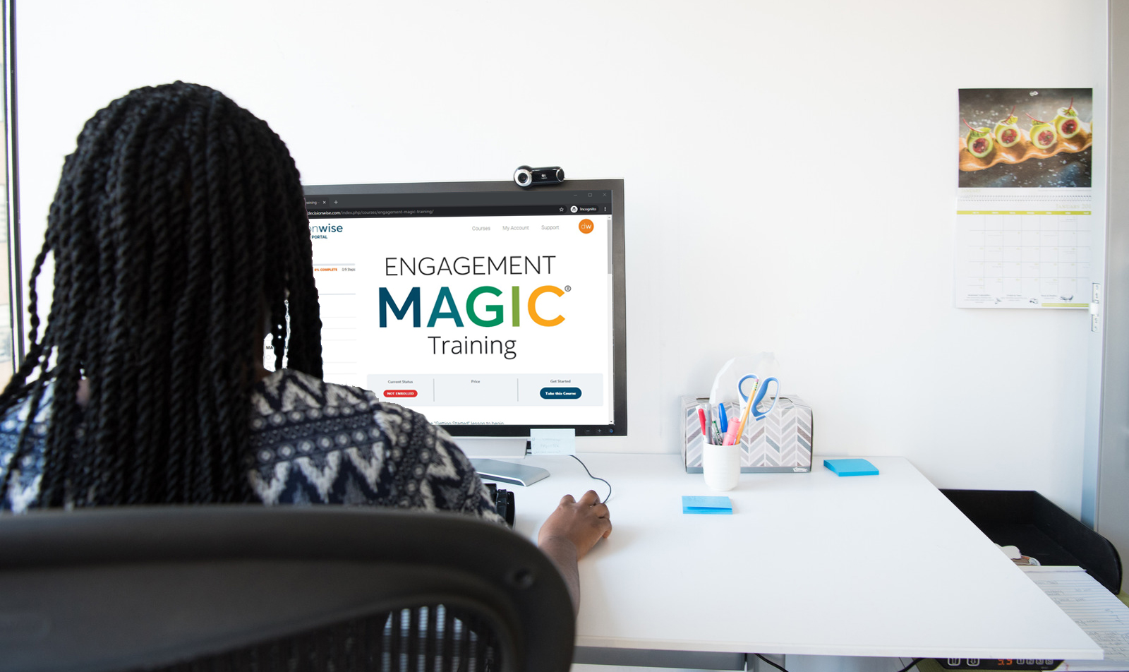 Woman using online ENGAGEMENT MAGIC training course